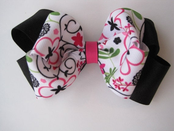 Cute Stacked Flower Printed Boutique Bow