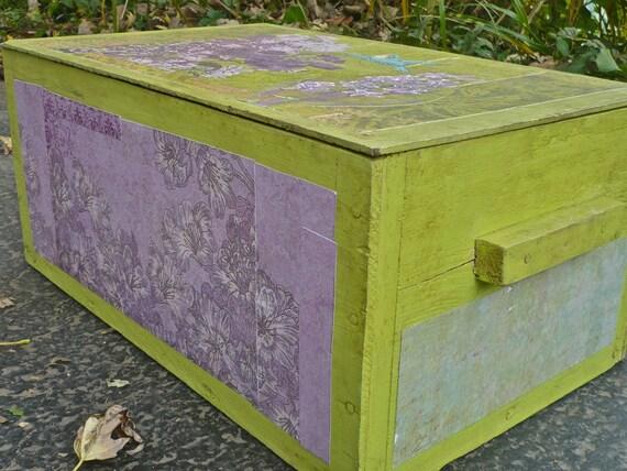 Vintage Storage Trunk Wooden Floral Storage Box
