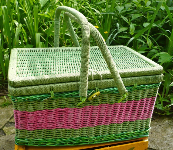 Lined Wicker Picnic Basket with Dishes Shabby Cottage Chic