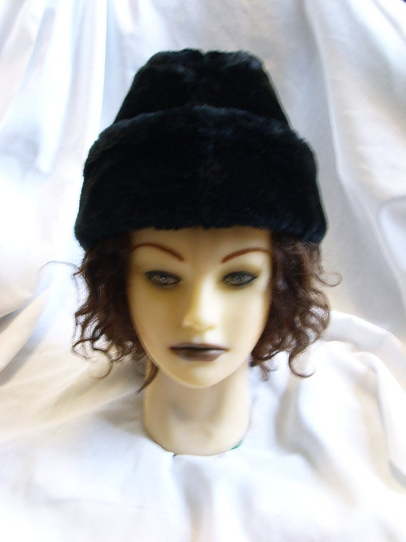 Vintage 1970s Russian Black Faux Fur Hat