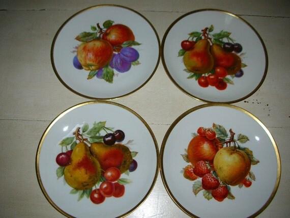 FOUR Vintage Bavarian Plates with Fruit Design Gold-Rimmed Germany Mitterteich
