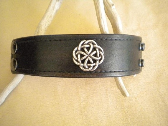 Wristband-Cuff-Handmade Leather-Celtic Knot Concho