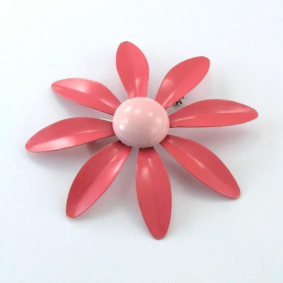 Vintage Flower Daisy Brooch Mod 1960s Pink Coral Enamel