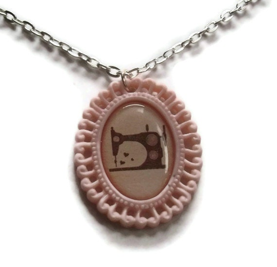 Cameo Necklace, Sewing Machine, Rose Pink, Crafting