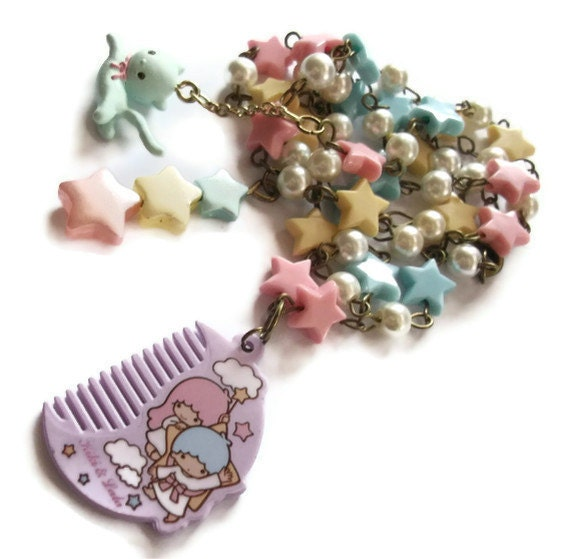 Pastel Star Necklace, Kawaii Kiki and Lala, Little Twin Stars, Lilac Comb