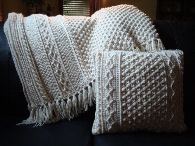Free Aran Afghan Knitting Patterns : Dublin Aran Afghan Ecru Large