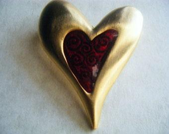 BROOCH VINTAGE Pin Red Heart