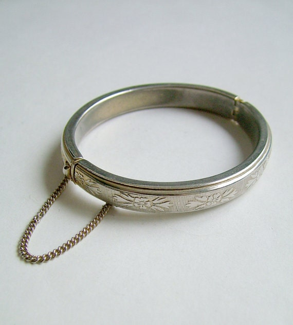 Vintage Silvertone Bracelet with Security Chain