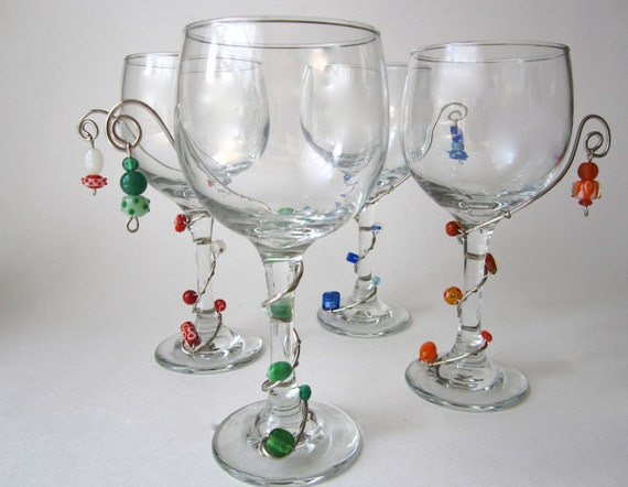 Wine Glass Set of Four 10.5 oz. with Beaded Wire Wrapped Stems Summer Favorites