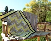 Quilt Gray and Yellow Geometric for Baby Girl or Baby Boy
