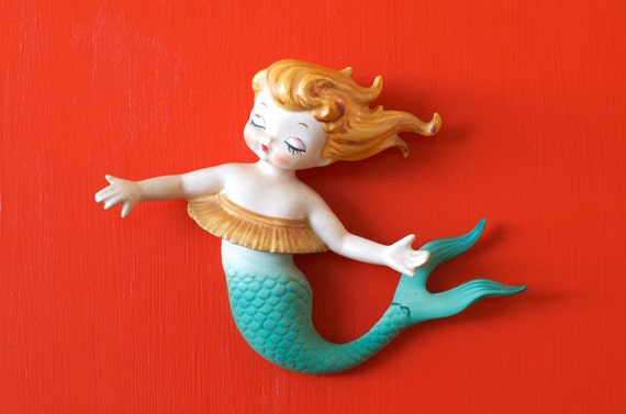 Mid Century Lefton Hawaiian Hula Mermaid Wall Plaque Figurine