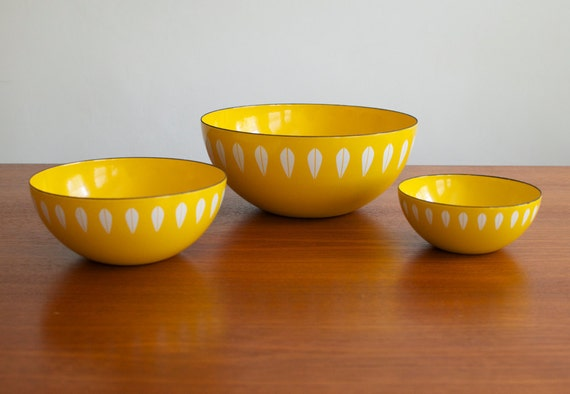 RESERVED for Ha Young Lee Vintage Cathrineholm Yellow Lotus Enamelware Bowls - Set of 3