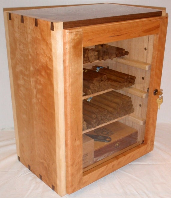 Humidor for True Cigar Enthusiast (with Extras)