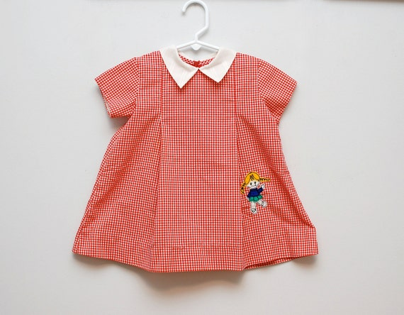 10% entire store - Vintage 1950s gingham girl dress