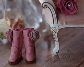Premium Pair 4 - Whisper Pink - Handmade Ostrich print leather Boots and Accessory Set for Blythe