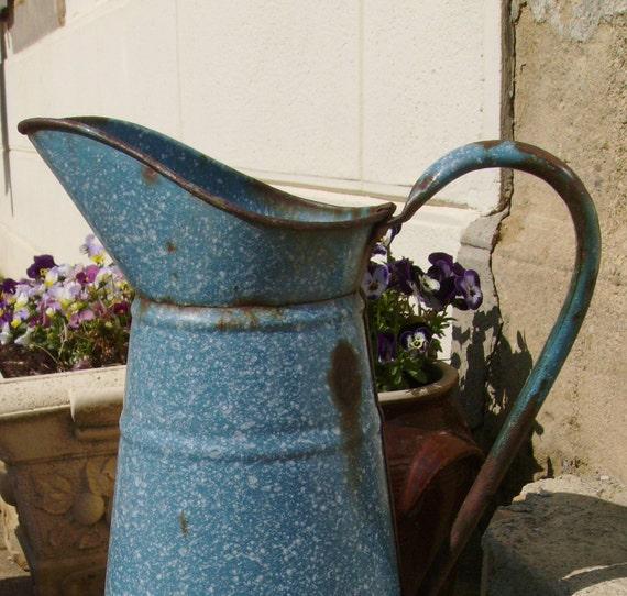 Vintage French pitcher - enamelware jug