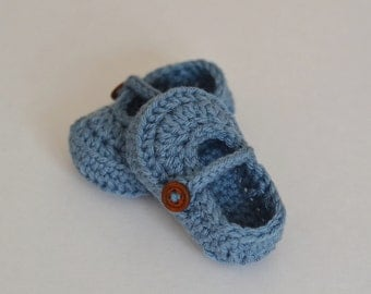 Crochet Baby MaryJane Shoes in Light Navy (size 0-3, 3-6, 6-9, 9-12months) --- Available in different colors