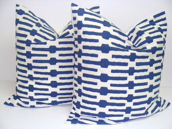 Decorative Pillow.Blue.White.SET OF TWO 20x20 inch.Decorator Pillow Covers.Free Shipping