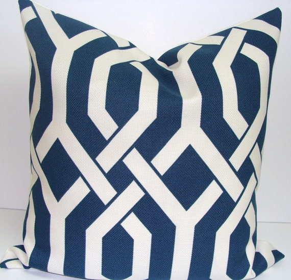Pillow.Navy.20x20 inch Decorator Pillow Cover.Free Shipping