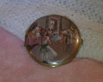 Vintage  Victorian Compact,make up mirror,cottage, cottage chic,accessories,ball room compact,paris french