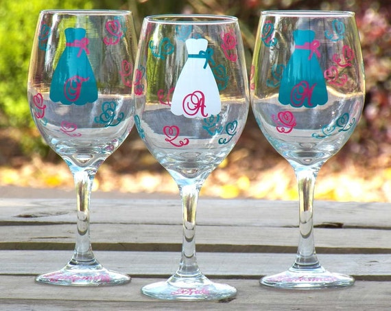 5 Personalized Bride and Bridesmaid Gifts Wine Glasses, Monogrammed and Personalized for your Wedding