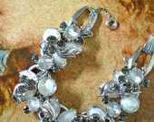 D&E aka Juliana Givre,Smoke Silver ,Leaf Bracelet   Item No: 15543