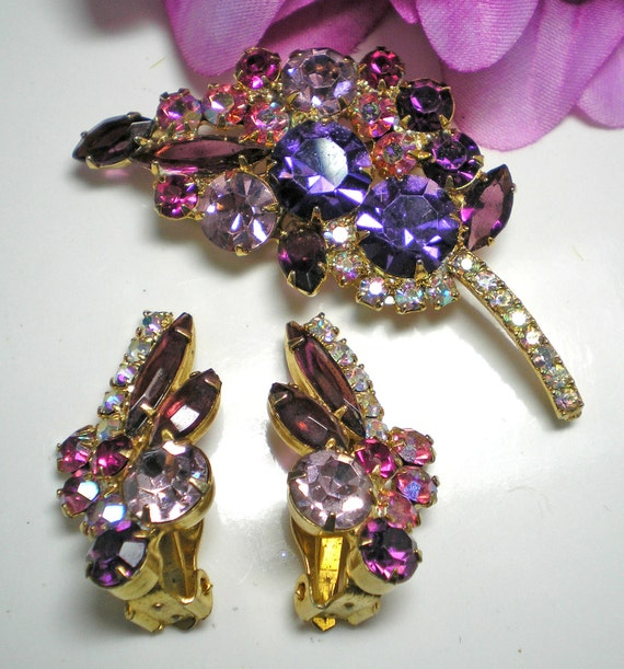 DeLizza and Elster aka Juliana Purple,Pink,Lilac Demi Parure   Item 16112,