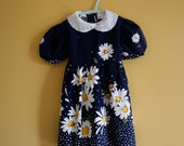 Reserved  Reserved Reserved Vintage navy blue daisy dress / puffed sleeves peter pan collar  / Size 4