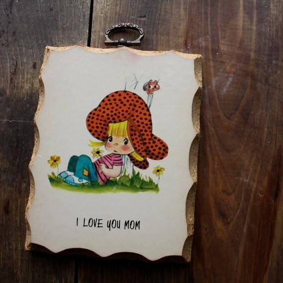 """Retro """"I LOVE YOU Mom"""" wall hanging plaque decor"""