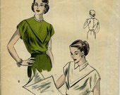 Vogue 6345: Back Buttoned Blouse Pattern. Bust 32. Size 14. UNUSED in factory folds.