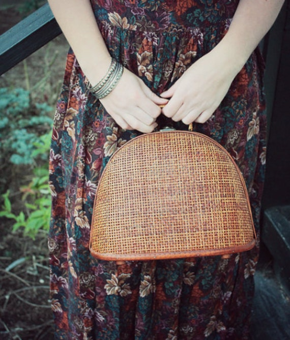 clamshell wooden picnic purse