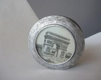 Souvenir Paris France tin Box with the Arc de Triomphe