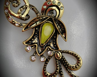 Gold Plated Flourish Pendant With Crystals