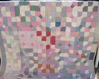 "Vintage Shabby Chic Handmade Bow-Tie Quilt 73""x63""  with pastel colors"