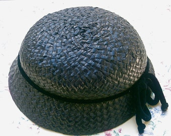 Vintage 1940s Lady's Black Straw Hat with velour tied in bow around hat.