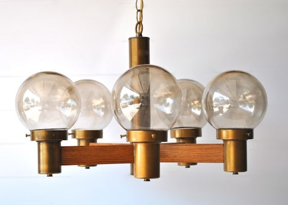 Vintage hanging light - wood, brass and five round glass globes