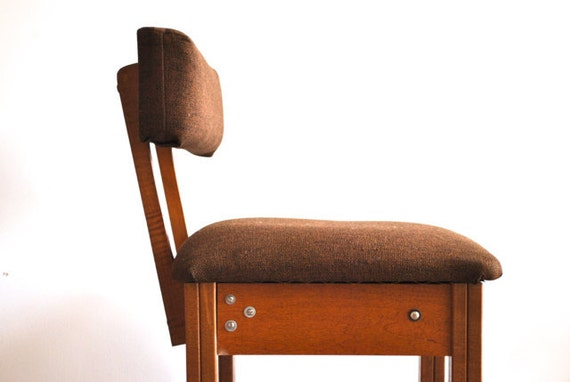 Rolling Singer Chair with storage under seat