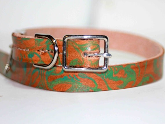 Small Leather Dog Collar with Floral Green Abstract Design