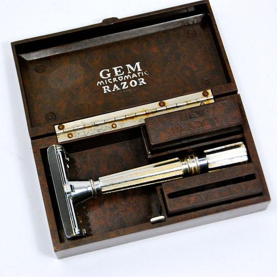 Cased Gem Open Comb Micromatic Single Edge Safety Razor