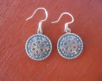 Pewter Button Dangle Earrings from Norway Snowflake Finse