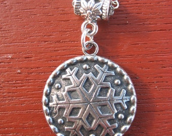 Pewter Button Necklace from Norway Snowflake Finse