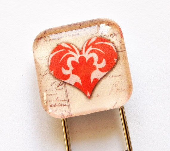 Heart Bookmark, Glass Bookmark, book mark, Valentines Day Gift, glass heart bookmark
