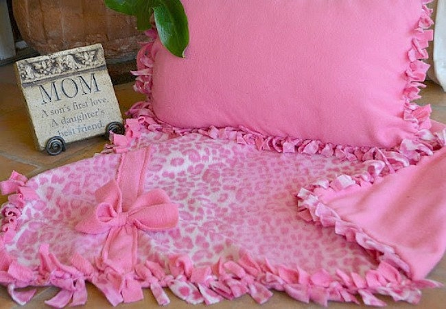 Knotted Fleece Blanket