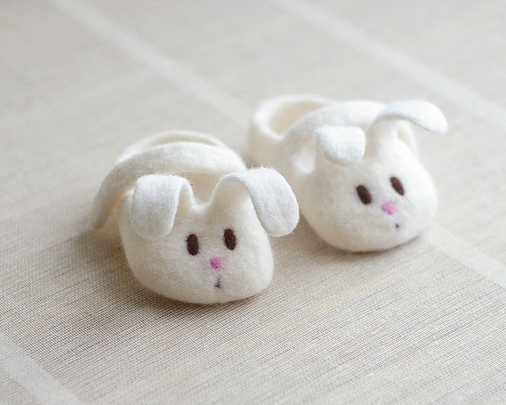 Felted Baby Booties - Newborn Eco Friendly Baby Gift - Little White Bunny