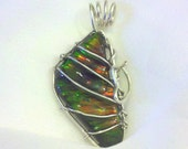 IRIDESCENT Ammolite / Ammonite Color-Changing Fossil Stone Pendant Wrapped in 925 Sterling Silver Wire