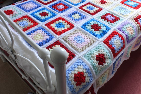 Vintage style Afghan granny square large blanket/throw. Gift, heirloom. Christmas gift.
