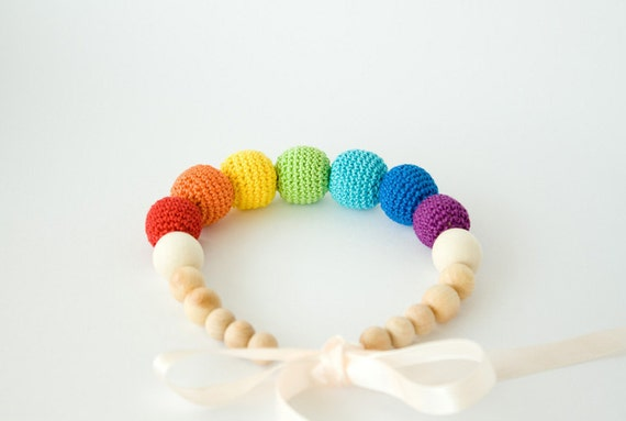 Rainbow Nursing Necklace for mom to wear - breastfeeding, babywearing, baby shower gift, baby teether, montessori - FrejaToys