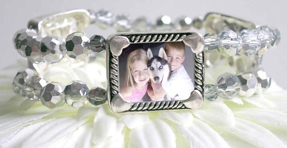 Picture frame bracelet, 3 Photo bracelet, gift for grandmom, Pet photos, Silver / Crystal Glass Stretchy Memory Keeper jewelry
