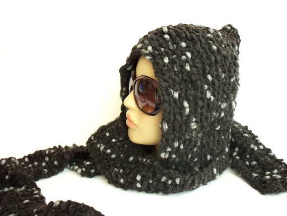 wool crochet dark grey ear flap hat...  mealy gray and warm / winter and autumn...