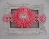 Flower  hair clip / headband for baby girl - Pink - U buy WE donate
